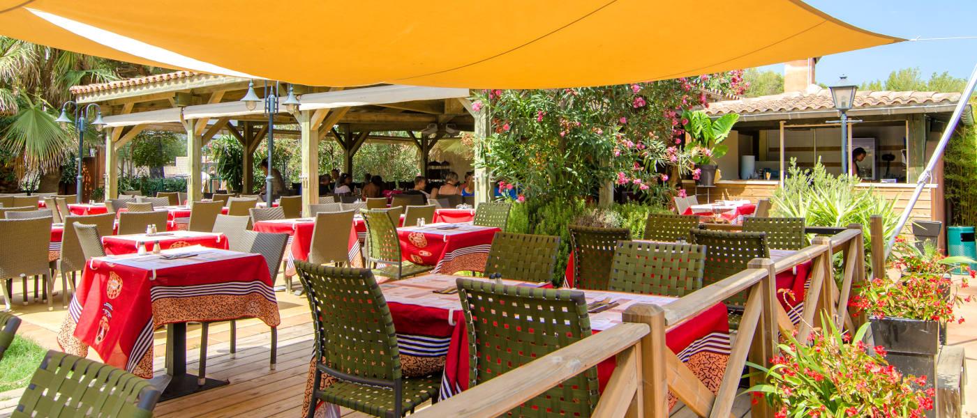 Firefly Holidays Les Sablons Restaurant Terrace
