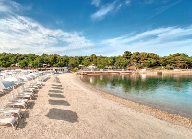 Firefly Holidays Croatia Road Trip Lanterna Beach