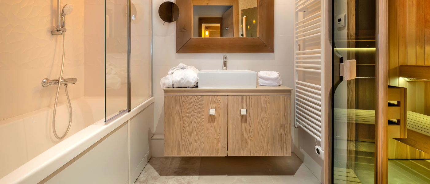 Firefly Holidays Meribel Hevana 2 Bed Bath Sauna