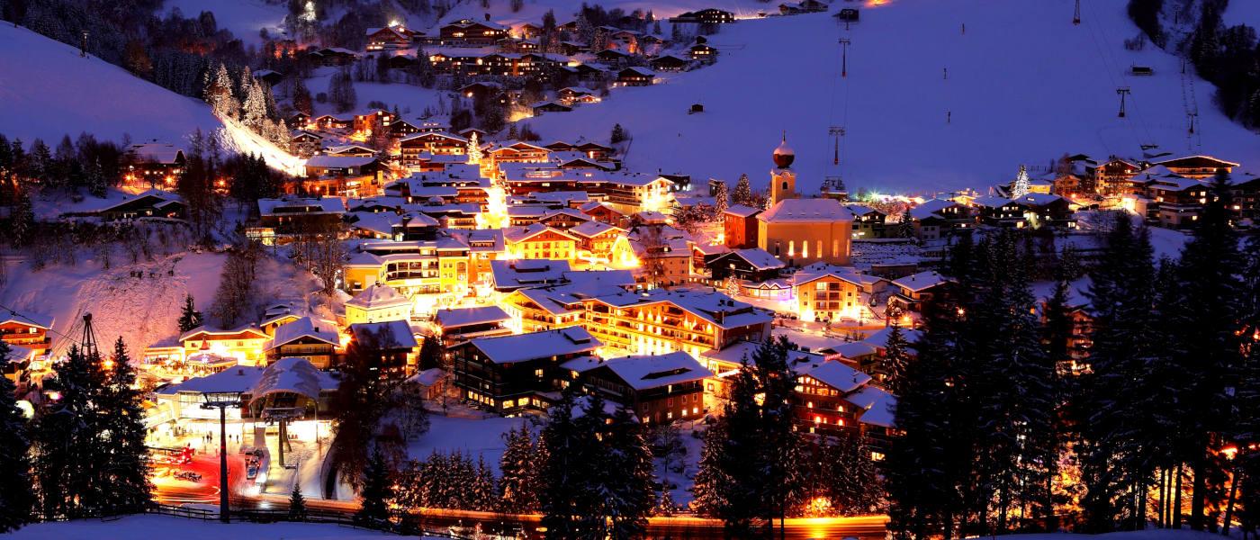 Firefly Holidays Saalbach Night