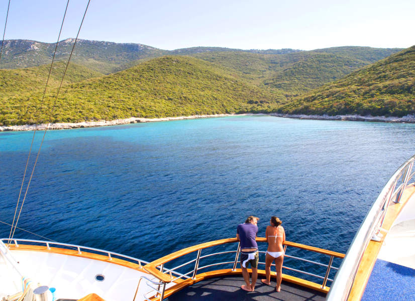 Firefly Holidays Croatia Cruises Couple View 600h