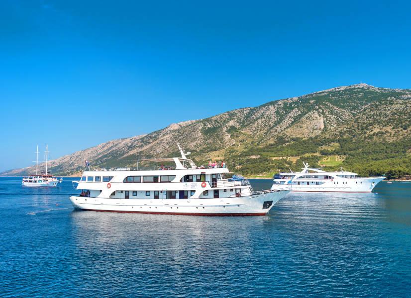 Firefly Holidays Croatia Cruises Fleet 600h
