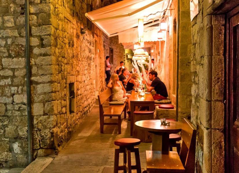 Firefly Holidays Croatia Cruises Hvar Restaurant 600h