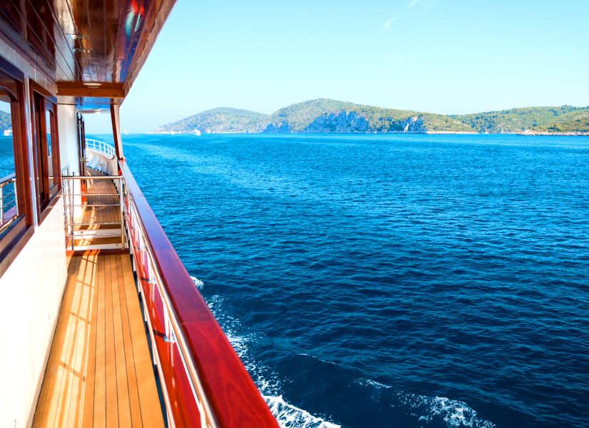 Firefly Holidays Croatia Cruises Side View 1 600h