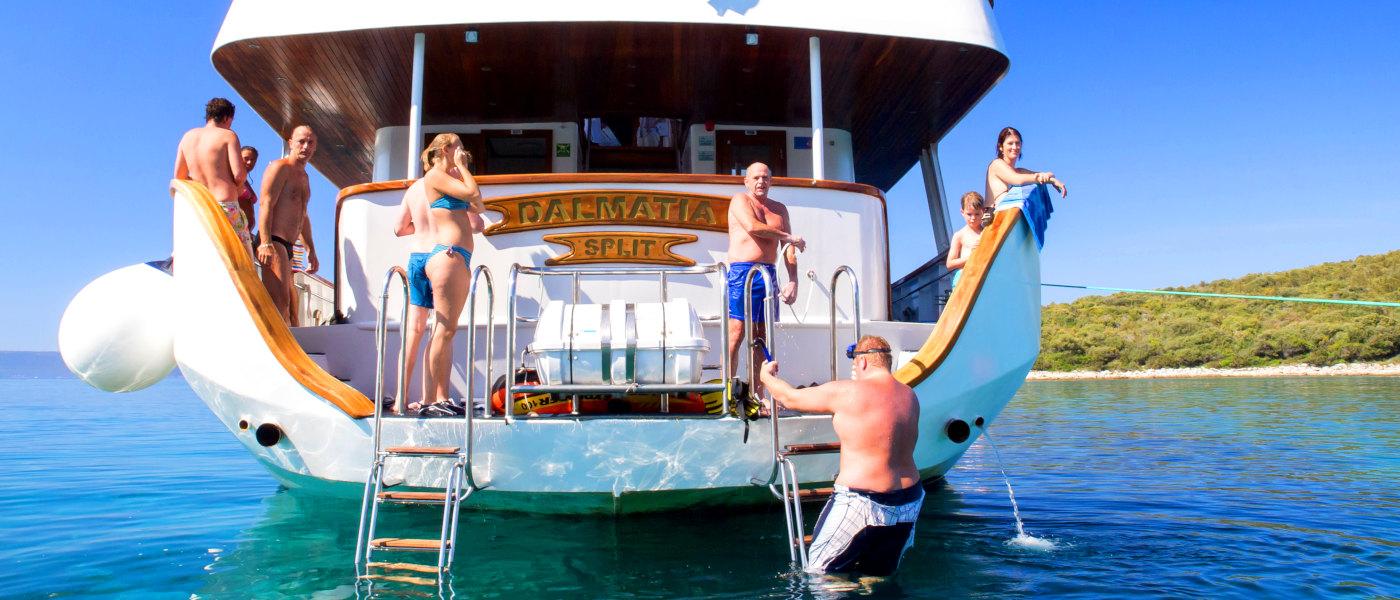 Firefly Holidays Croatia Cruises Stern