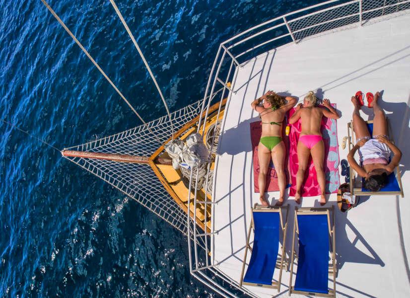 Firefly Holidays Croatia Cruises Sunbathers 600h