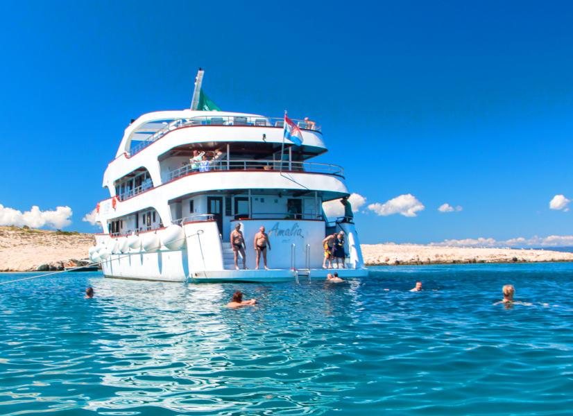 Firefly Holidays Croatia KL1 Amalia Stern Swim 2 600h
