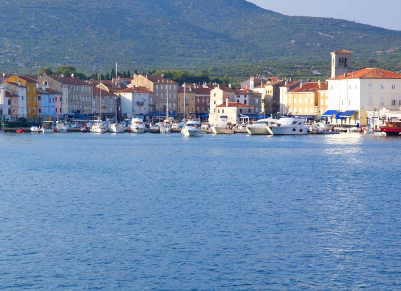 Firefly Holidays Croatia KL1 Cres 2 600h