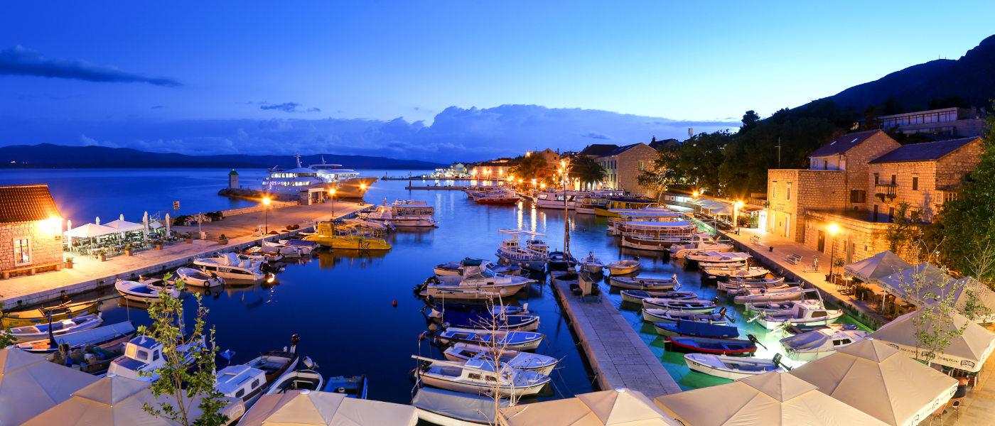 Firefly Holidays Croatia KL2 Bol Port