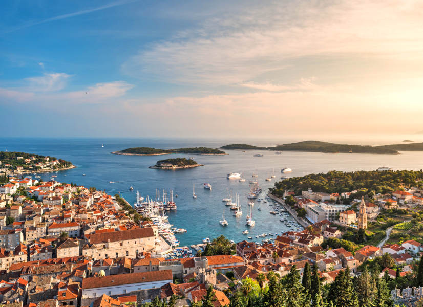 Firefly Holidays Croatia KL2 Hvar 3 600h
