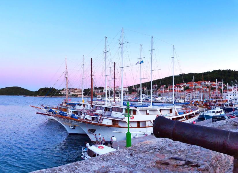 Firefly Holidays Croatia KL2 Korcula 2 600h