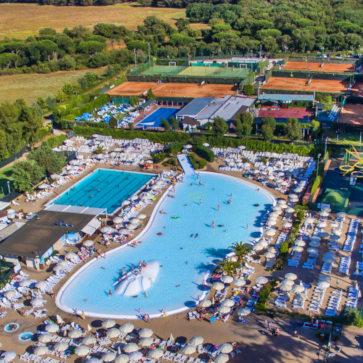 Fabulous Village Pool Overview 1 363