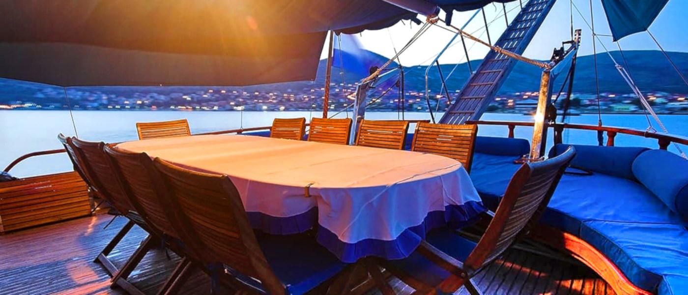 Firefly Holidays Gulet Bonaventura Rear Deck