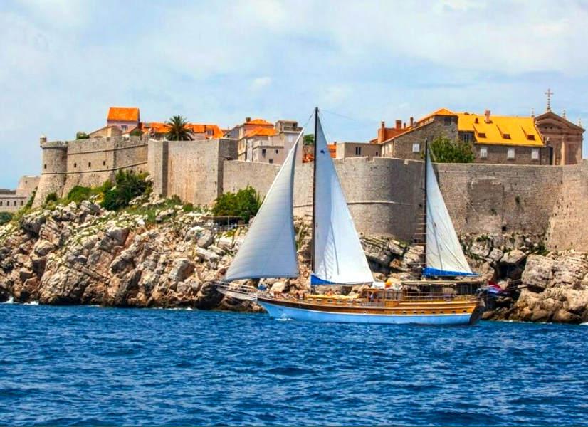 Firefly Holidays Gulet Linda Dubrovnik 1 600h
