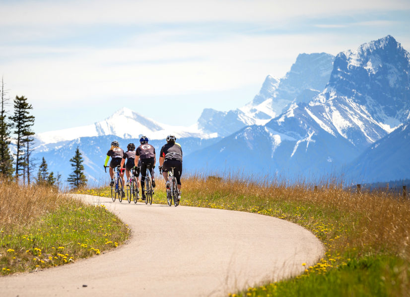 Firefly Holidays Banff Canmore Bikes 600h