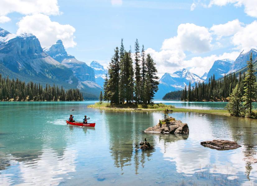 Firefly Holidays Jasper Maligne Lake 2 600h
