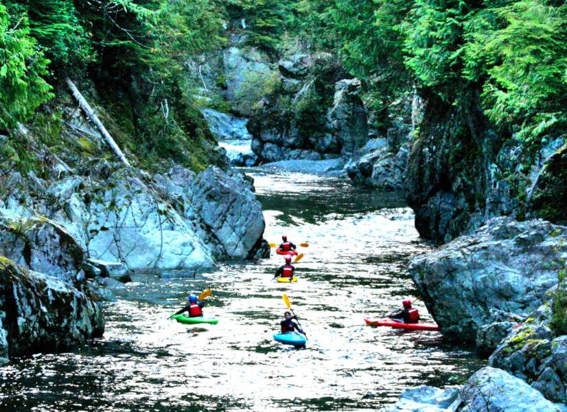 Firefly Holidays Vancouver Island Kayaks 1 600h