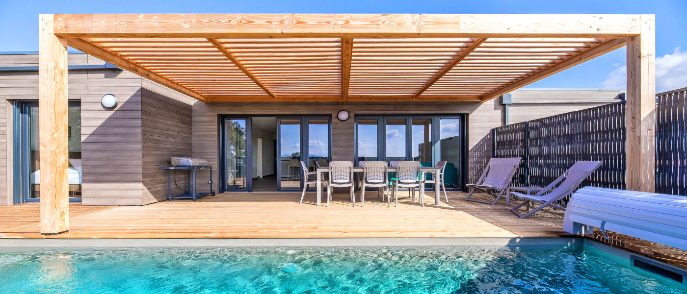 Firefly Corsica Terrasses d'Arsella 3 Bed Sup 8 Pool 2