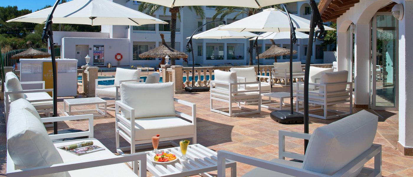 Firefly Mallorca Majorca Cecilia Pool Terrace
