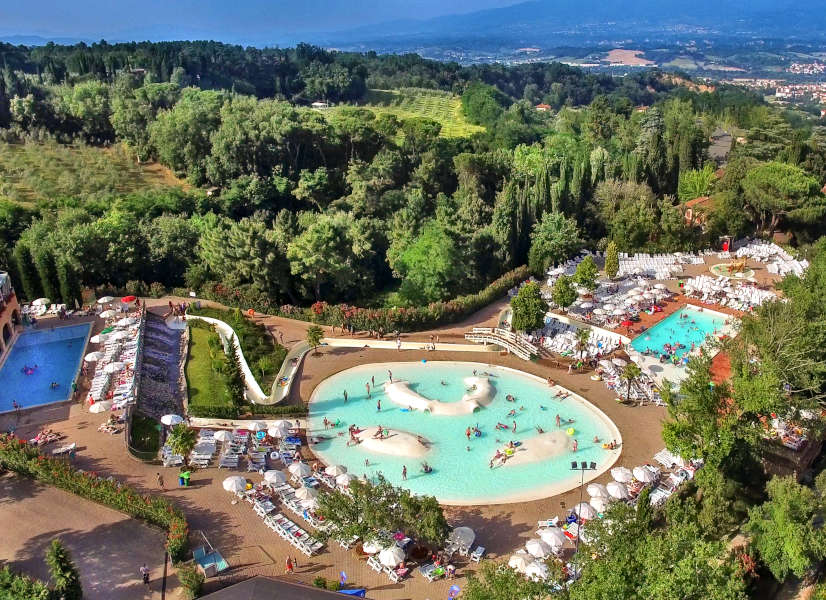 Firefly Holidays Norcenni Aerial Pools 600h