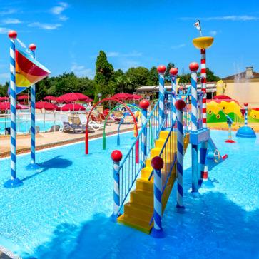 Peneyrals Spray Pool 363